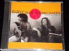 Daryl Hall & John Oates - Looking Back - CD Album - 1991 - 18 Greatest Hits