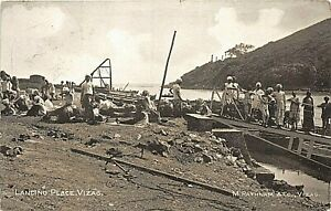 POSTCARD INDIA - VIZAG - LANDING STAGE - ANIMATED SCENE -  CIRCA 1923