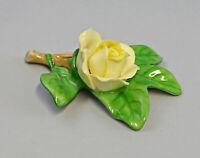 9959607 Porzellan Figur Tischblume Rose Zweig gelb 7,5x7x3,5cm