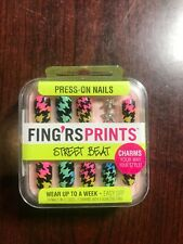 FING'RS PRINTS* 24 Press-On Nails WALK THIS WAY +  Charms STEET BEAT