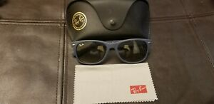 Ray Ban New Wayfarer Sunglasses Blue RB 2132 811/32 55 18 Made In Italy w Case