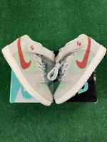 Nike SB Dunk Mid 'White Widow' Size 6 Green/Red AQ2207-163