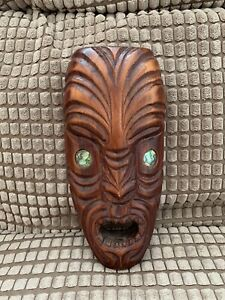 Vintage Maori Kiwi New Zealand Wooden Mask Tiki Shell Eyes Tribal