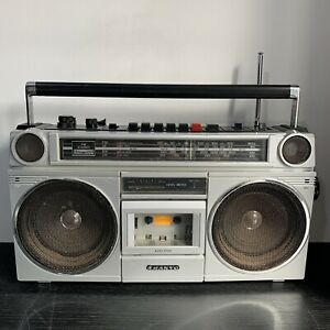 Vintage 80's Sanyo M9916L Stereo Radio Cassette Recorder Boombox Made In Japan