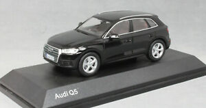 iScale Audi Q5 in Mythos Black 5011605633 1/43 NEW