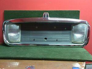 2003 - 2005 Lincoln LS license plate reverse backup light panel bezel 3W1X17B389