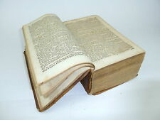 Vieja biblia siglo 18.