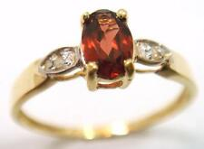 FINE 10KT YELLOW GOLD GARNET & DIAMOND RING SIZE 7 R1148
