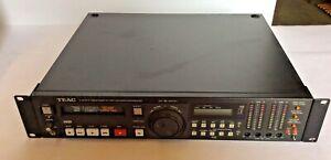 TEAC V-800G-F Hi8 Video8  8mm video 8 Player recorder PCM VCR