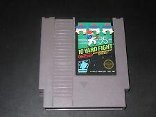10-Yard Fight (Nintendo NES, 1985)