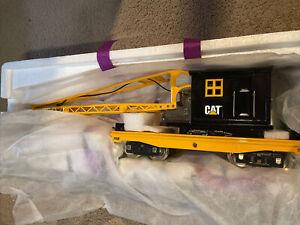 MTH 10-2122 219p Std Gauge Caterpillar Operating Crane Car