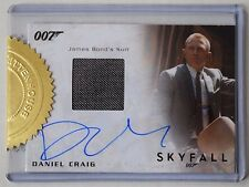 James Bond Archives 2015 Daniel Craig Autograph Costume Card 9 Case Incentive