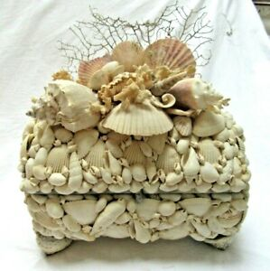 "BIG 10"" VINTAGE HANDCRAFTED SEA SHELL JEWELRY TRINKET DRESSER BOX DOME TRUNK"