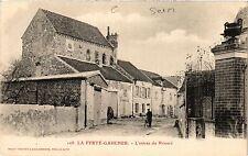 CPA La Ferte-Gaucher - L'Entree du Prieure (472072)