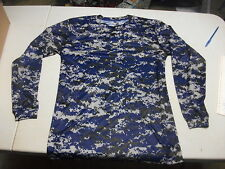 Badger Sports Royal Size Medium Ls Shirt Digital Camo Under Armour Dri Fit Type