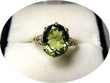 PERIDOT Chartreuse - 2.30 Ct Ring - Natural Gem - Vintage Art Deco 14k Y. Gold