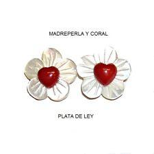 PENDIENTES de MADREPERLA FLORES, CORAL rojo corazón 6 mm  y PLATA de ley 925