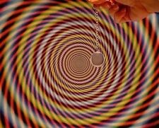 LEARN STAGE HYPNOSIS  TRAIN TO BECOME A STAGE HYPNOTIST