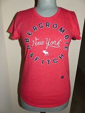 ABERCROMBIE & FITCH Red Embroidered/Applique Short Sleeve Tee Shirt  Sz SM  NWT