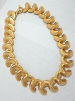 Vtg Anne Klein Chunky Necklace Comma Link Bold GT Satin Statement Toggle Signed