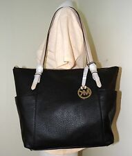MICHAEL MICHAEL KORS JET SET EAST WEST TOP ZIP BLACK LARGE TOTE