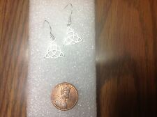 NEW  lovely pair Tibetan silver triquetra trinity celtic knot earring