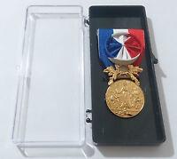 Médaille d'honneur pour acte de courage & dévouement SAUVETAGE  OR / Officier