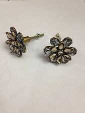 FLOWER CLEAR CRYSTAL JEWELED STONES CABINET DRAWER FURNITURE METAL PULL KNOBS.
