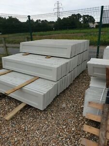Smooth recessed concrete gravel boards
