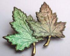 broche Canada couleur or bijou vintage 2 feuilles érable émail de couleur 2274