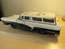 OLD 1958 FORD STATION WAGON POLICE CAR DIE CAST - JAPAN