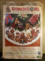 Dimensions CHRISTMAS BEARS TREE SKIRT Counted Cross Stitch Kit #8693