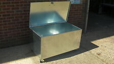 Large Galvanised Steel Storage Container with Fitted lock & Rubber Wheels (lr1)