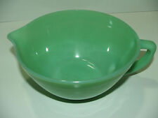 Vintage Fire King Jadite /Jade-ite batter bowl w/handle &pouring spout *AWESOME*