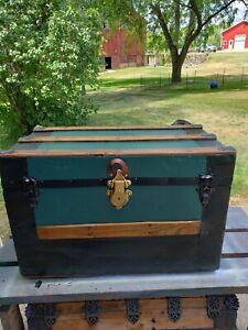 BlackDog Antique Steamer StageCoach Trunk Hunter Green Flat Top c:1800's