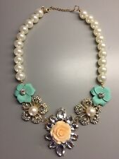 Spring statement necklace floral and pearl