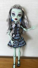 Monster High Doll - First Wave Original Ghoul Frankie Stein - Great Condition