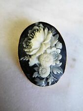 Beautiful Vintage Detailed Carved Flower Brooch Cameo