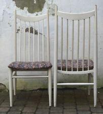 2 weiße Sprossen-Stühle Hochlehner WELZEL deutsches Design um 1960 mid century