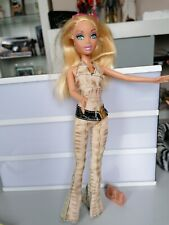 Barbie My Scene Barbie Doll with bag glasses