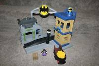 GeoTrax Batman Gotham City Set Fisher Price Lot DC Super Friends Toy Train RARE