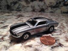 HOT WHEELS FORD MUSTANG DIE CAST CAR 1/64 SCALE SILVER BLACK STRIPE