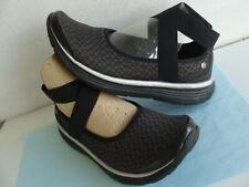 "BZEES Wo's ""Sashay"" Lightweight Black Elastic Ankle Strap Flat Shoes ~Size 7.5 M"
