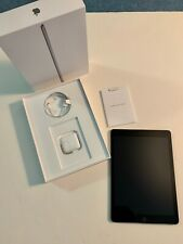 Apple iPad (6th Generation) - 32GB - Wi-Fi, 9.7in - Space Gray, original box