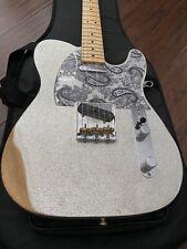 Fender Brad Paisley Road Worn Telecaster '64 Pickup, Twisted Tele Deluxe Gig Bag