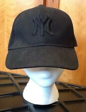 Men's New York Yankees Cap Hat Black Logo Acrylic Stitched Eyelets Sz 7.5