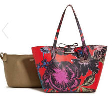 GUESS Bobbi 3 in 1 Reversible Classic Tote Handbag Purse Red Gold Floral