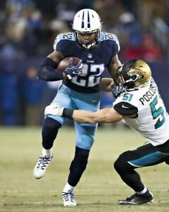 DERRICK HENRY 8X10 PHOTO TENNESSEE TITANS PICTURE NFL FOOTBALL