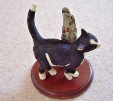 Collectable Sherratt and Simpson England cat figure-ornament