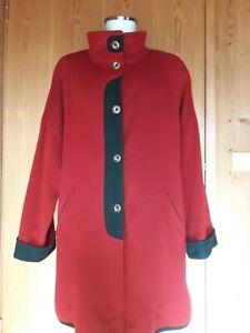 Trachtenmantel, Gr. 44, rot mit grün **sehr elegant**